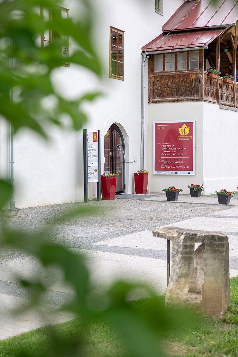 Museum, Genuss-Shop & Vinothek – Grottenhof Leibnitz